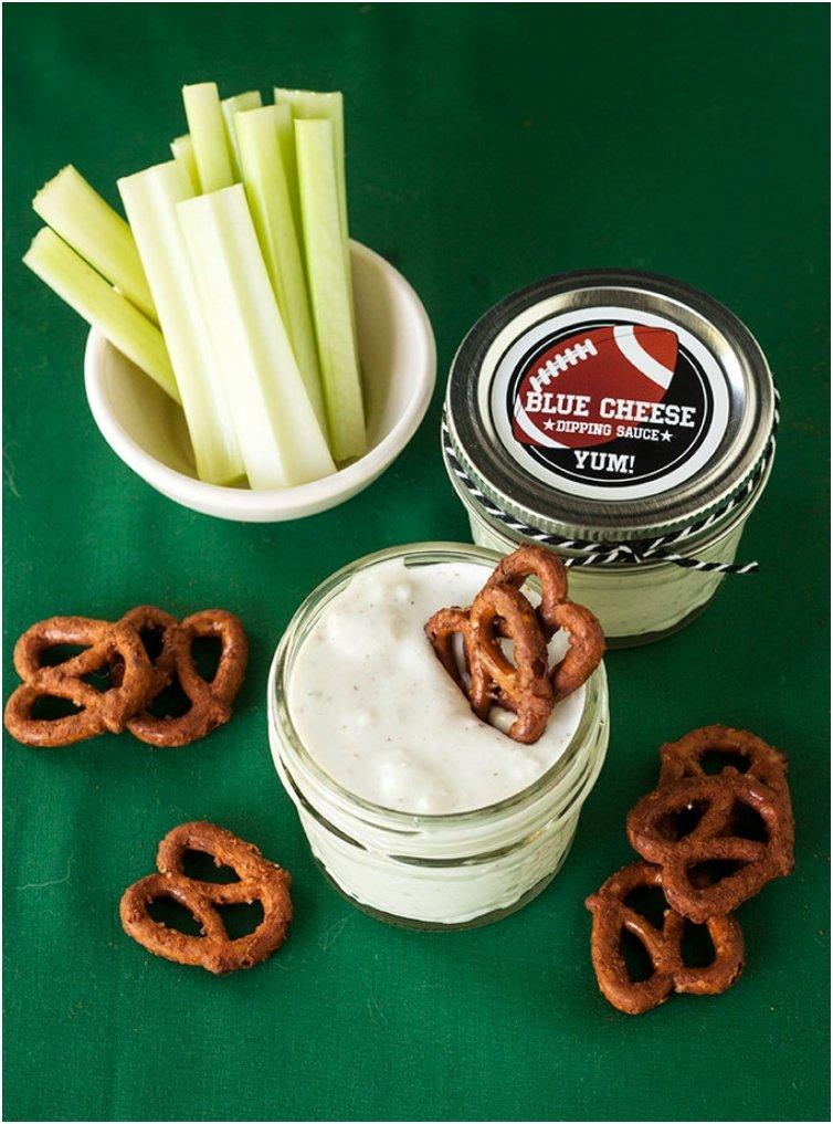 Buffalo Wing Pretzels And Blue Cheese Dip