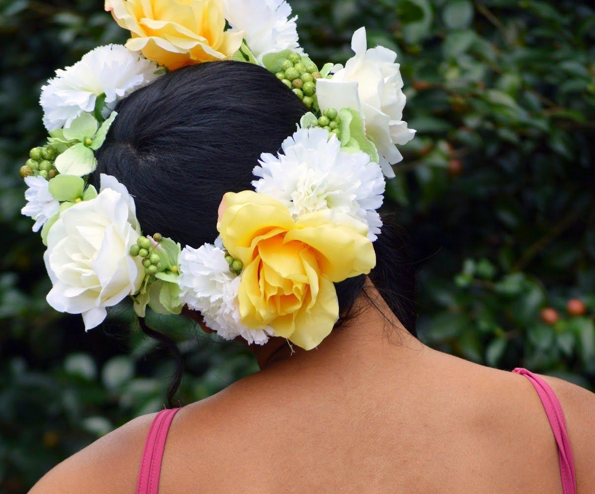 Ready to welcome spring with fun 18 diy floral crowns oversized flower crown izmirmasajfo Images