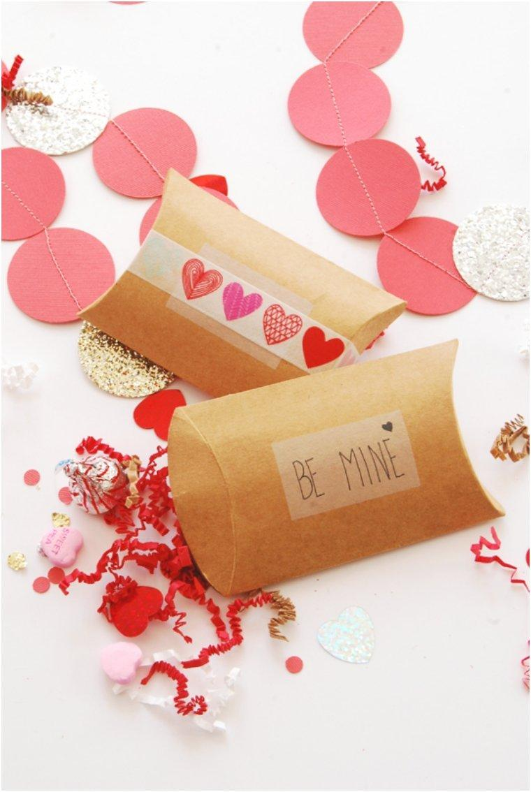 Diy Pillow Box Valentines