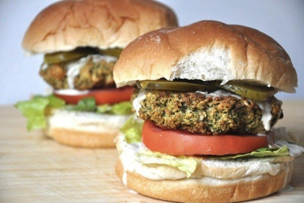 Vegetarians Can Finally Enjoy Burgers With These Extremely Delicious Veggie-Burgers