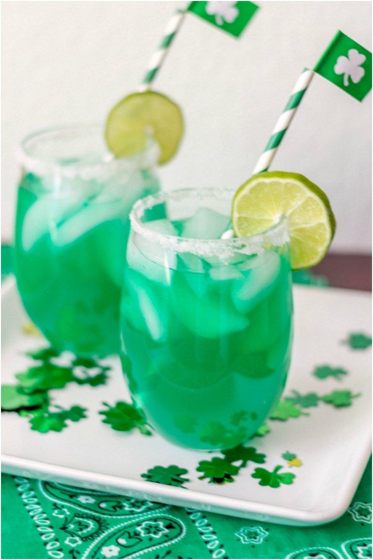 20 Refreshing Family Friendly Green Drinks And Shakes For