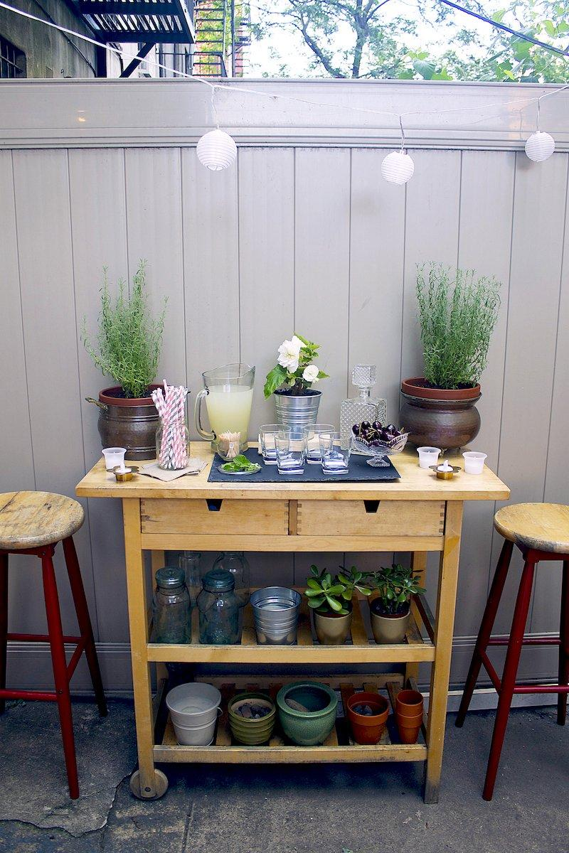 What Every Backyard Party Needs 12 Diy Outdoor Serving Stations Carts
