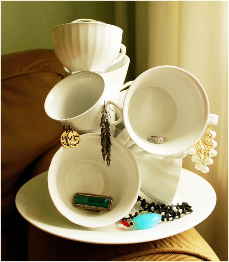 15 Briliant DIY's To Make Use Of Those Lovely Vintage Tea Cups