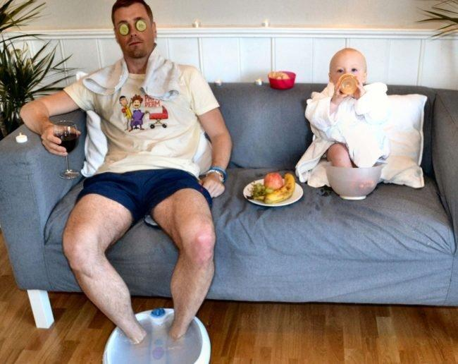 A Dad Creates Hilarious Photoshop Pics of His Baby