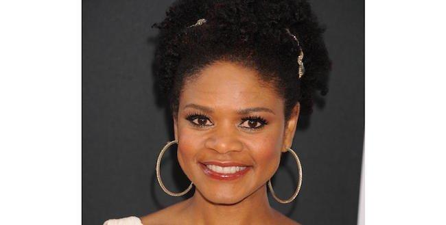 30 Beautiful Black Celebrities That Sill Rock Their Natural Hair