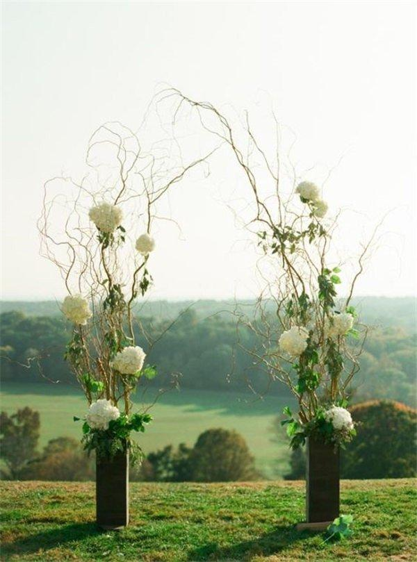 18 DIY Wedding Arch Decoration Ideas With Flowers and Love