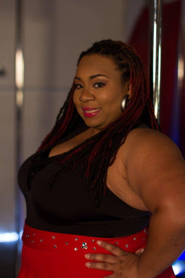 Meet The Plus Size Pole Dancer Also Known As 'Da Queen Of Curves!'