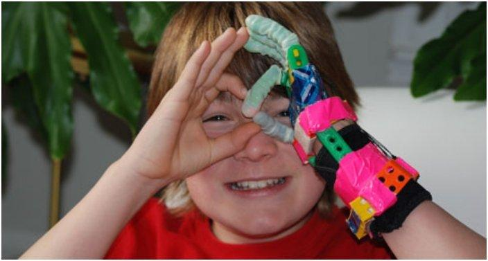 Amazing Prosthetic Hands For Kids Made From 3D Printer