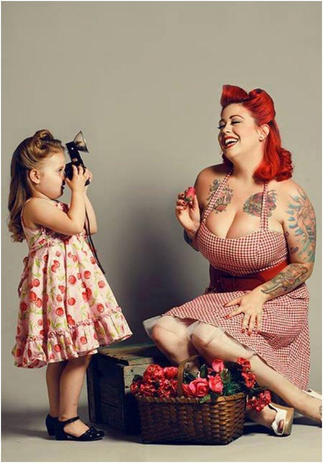 Inked And Beautiful: 35 Photos Of Loving Tattooed Mothers
