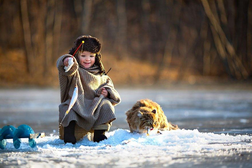 Children-Playing-in-Rusia