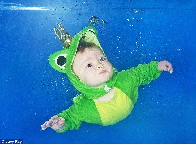 34 Babies Having Some Underwater Fun