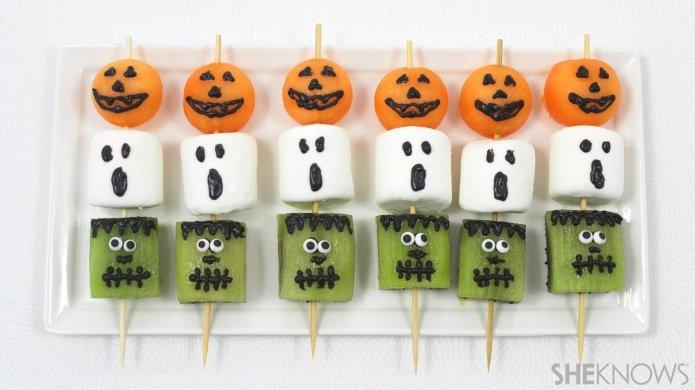 20 Spooky Fruity Snacks For A Healthier Halloween