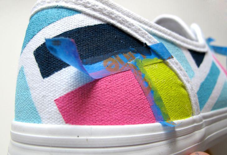 10 DIY's To Give New Life To Your Old Sneakers