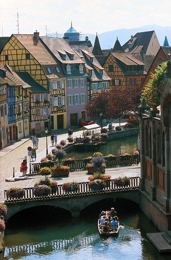 9 real life fairytale villages in europe for Blue piscine colmar