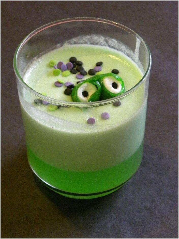 20 Ghoulish Drinks For Your Little Halloween Trick-Or-Treaters