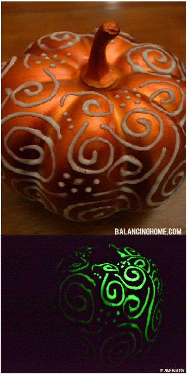 Puffy Paint Glow Pumpkin