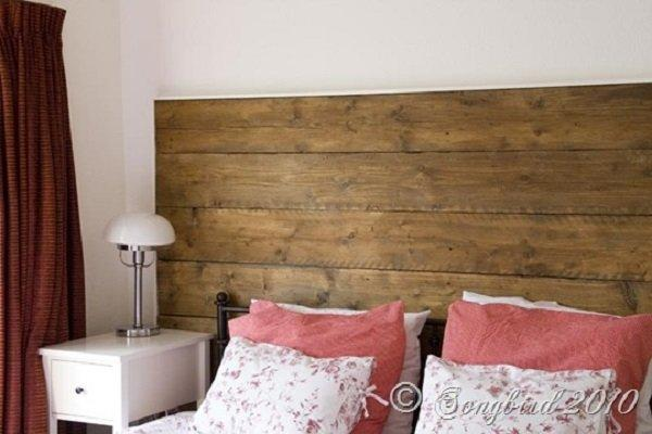 Repurposed Wood Headboard 2_thumb