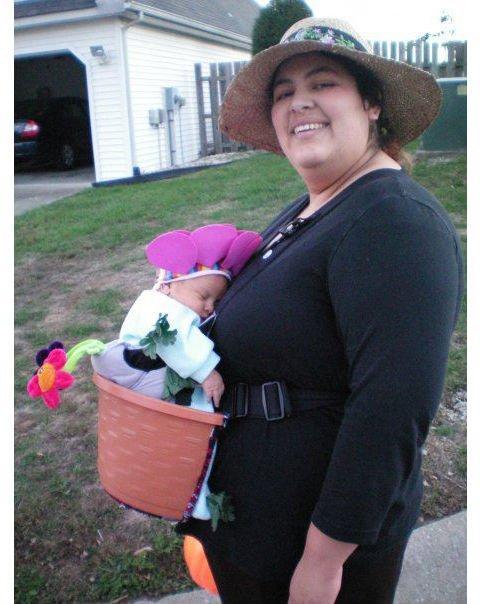 coolest-flower-pot-halloween-costume-11-212989
