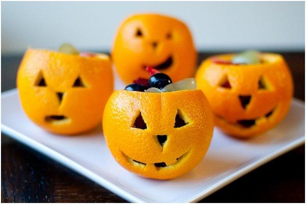 snack o lantern fruit cups
