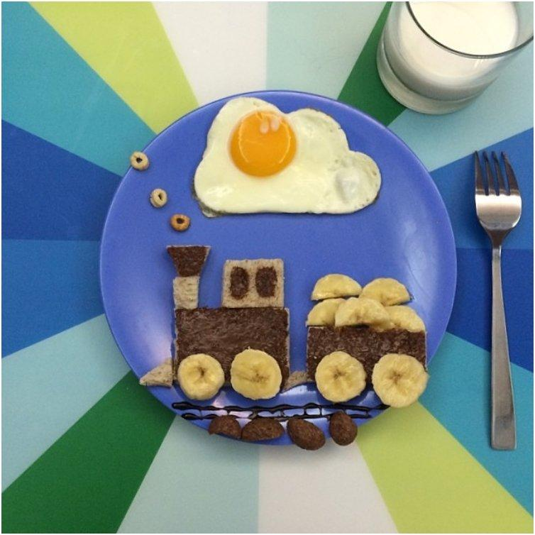 20 Fun Ways To Make Your Kids Sunny Side Eggs For Breakfast