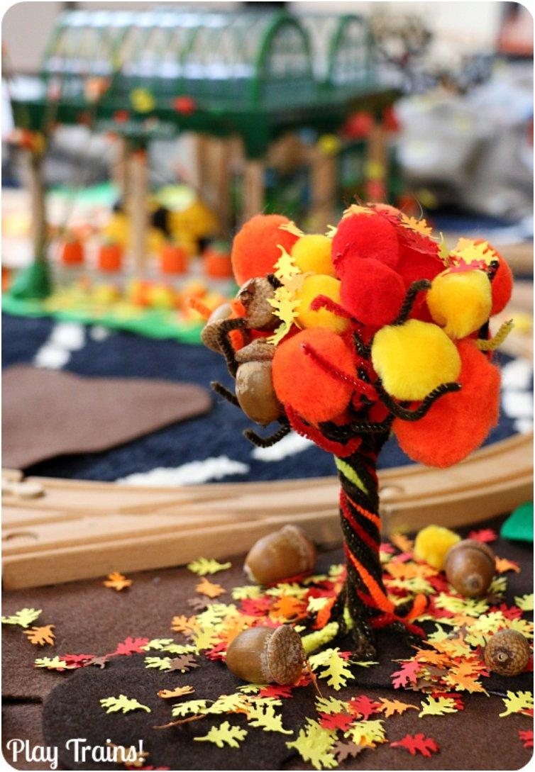 Fall-Pom-Pom-Pipe-Cleaner-Tree-4