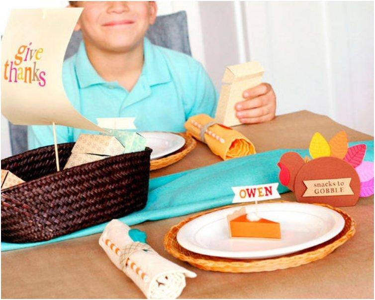 Kids-Thanksgiving-Activity-Table_product_main