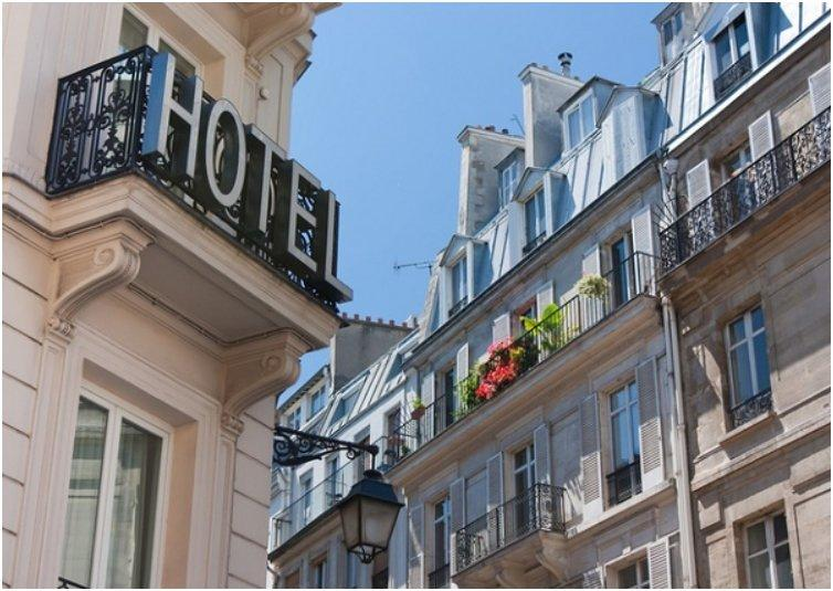 Take A Picture Of Your Hotel When Travelling