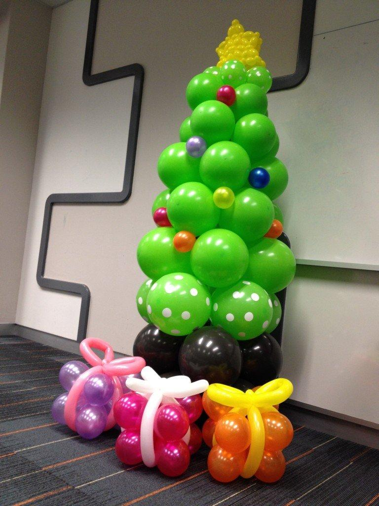 Balloon-Christmas-Tree