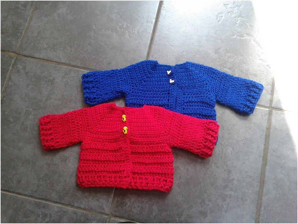 Chunky Knit Baby Cardigan Pattern Free : 20 Free & Amazing Crochet And Knitting Patterns For Cozy Baby Clothes