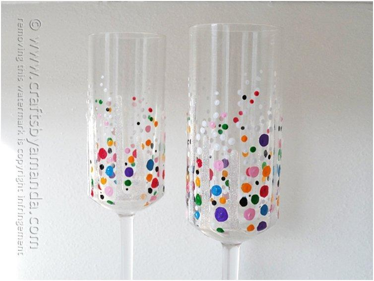 Collored Confetti-Champagne-Glasses-3