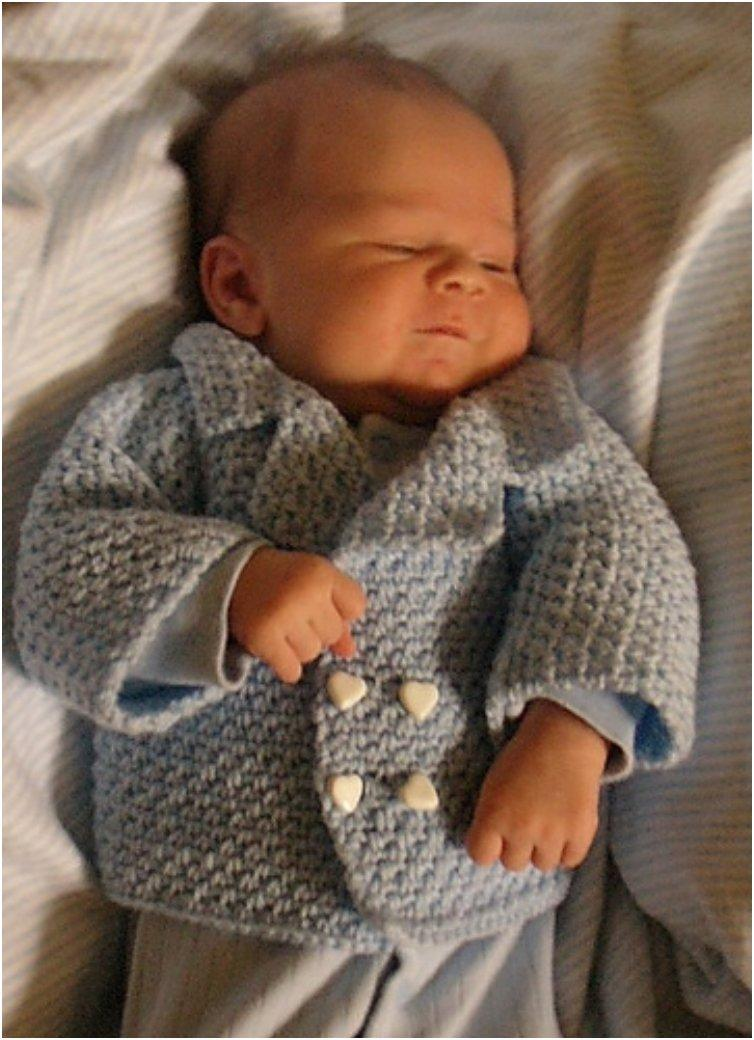 Free Crochet Pattern For A Baby Sweater : 20 Free & Amazing Crochet And Knitting Patterns For Cozy ...