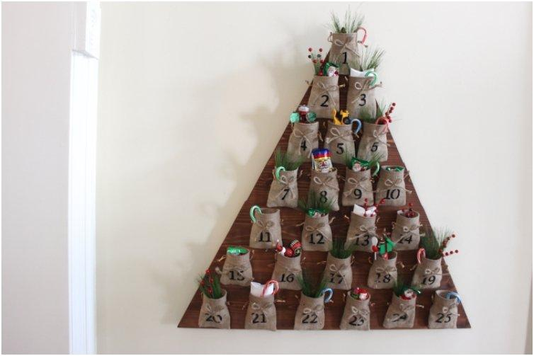 Wooden Tree With Burlap Bags Advent Calendar