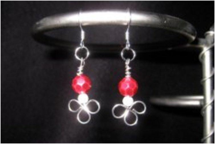 beaded-mistletoe-earrings
