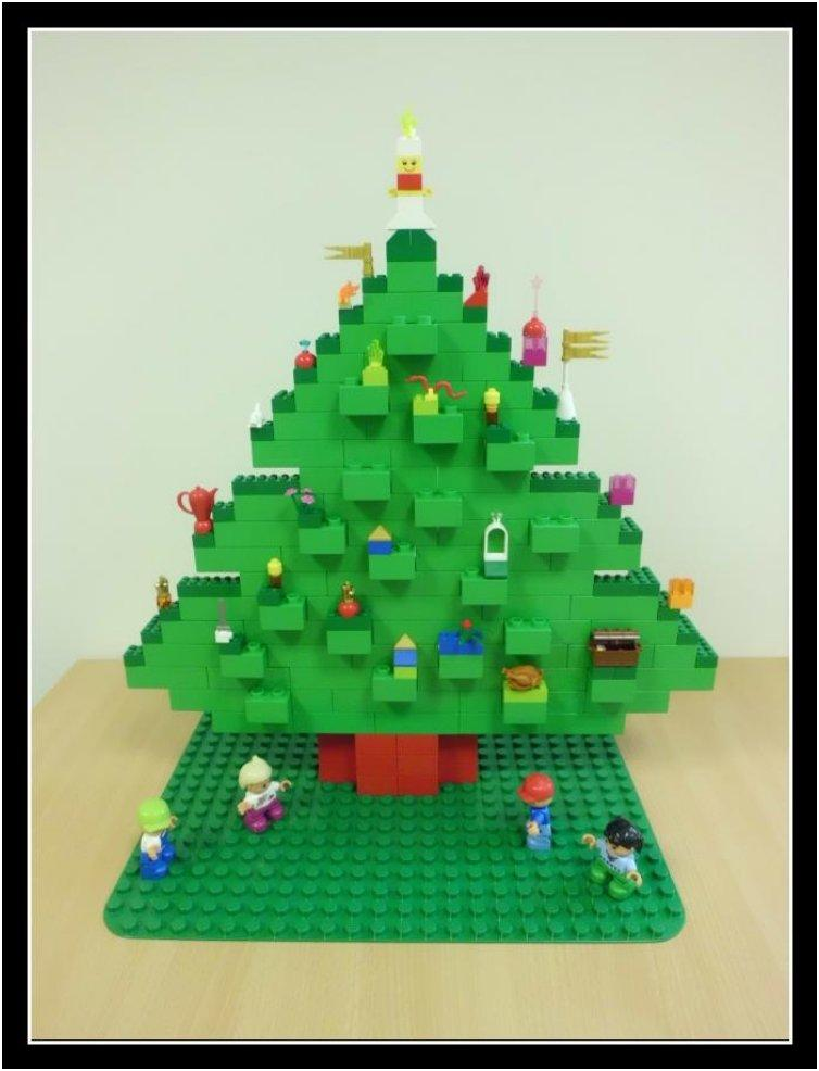 cute-lego-christmas-tree