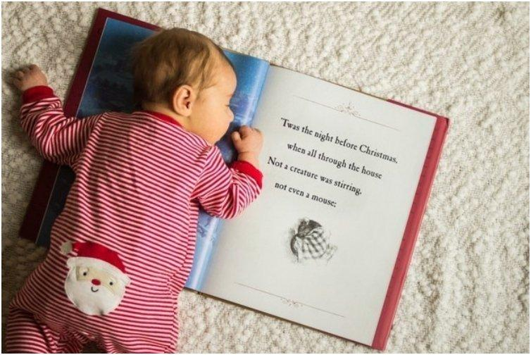 33 Absolutely Cute Babies And Their First Christmas Photo ...