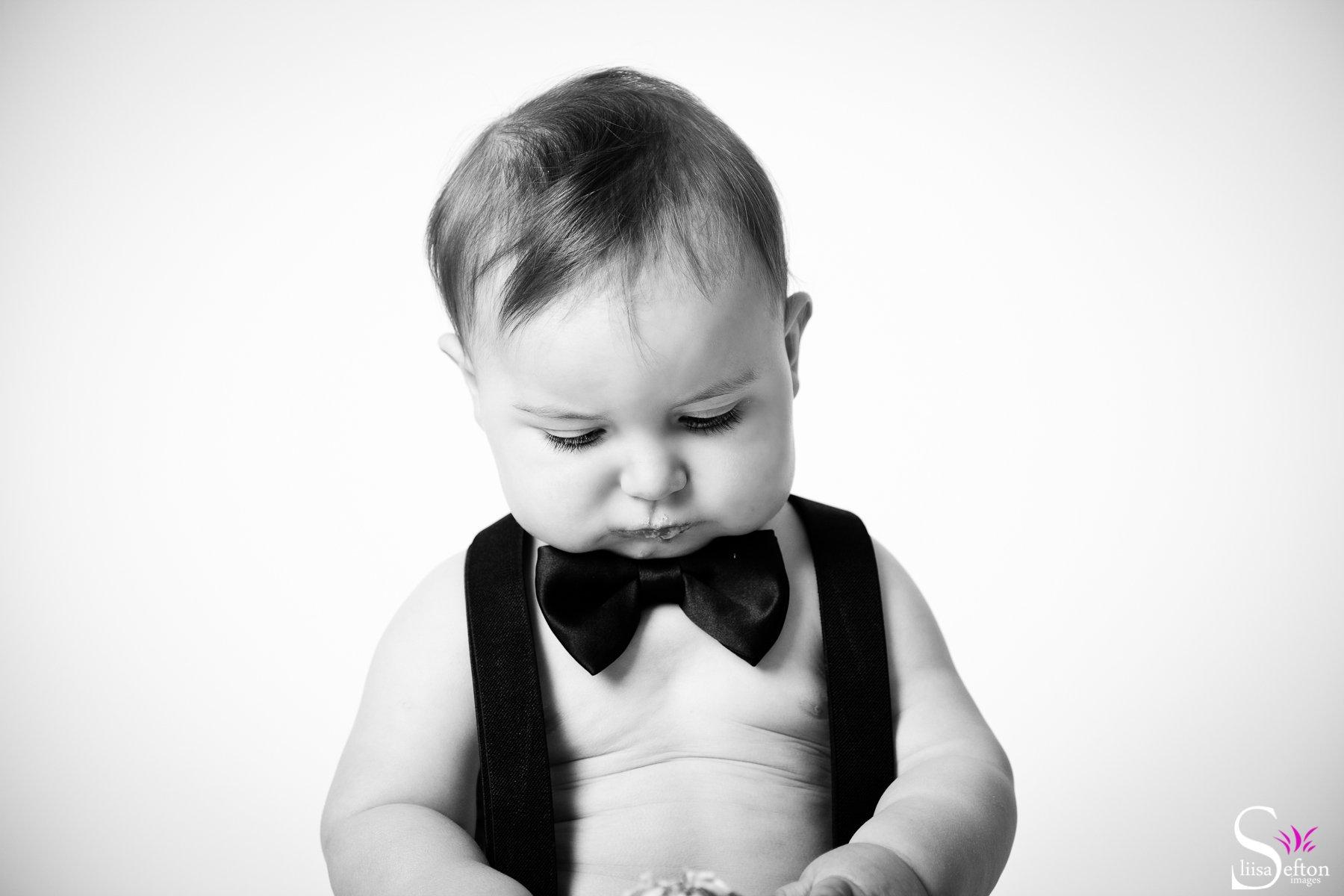 Absolutely Stunning, Black and White Photos of Babies. Must-see!