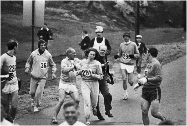 Kathrine Switzer becomes the first woman to run the Boston Marathon, despite attempts by the marathon organizer to stop her. 1967
