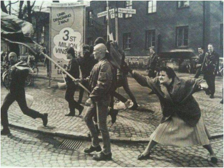 woman in Sweden hits a neo-Nazi with her handbag in 1985