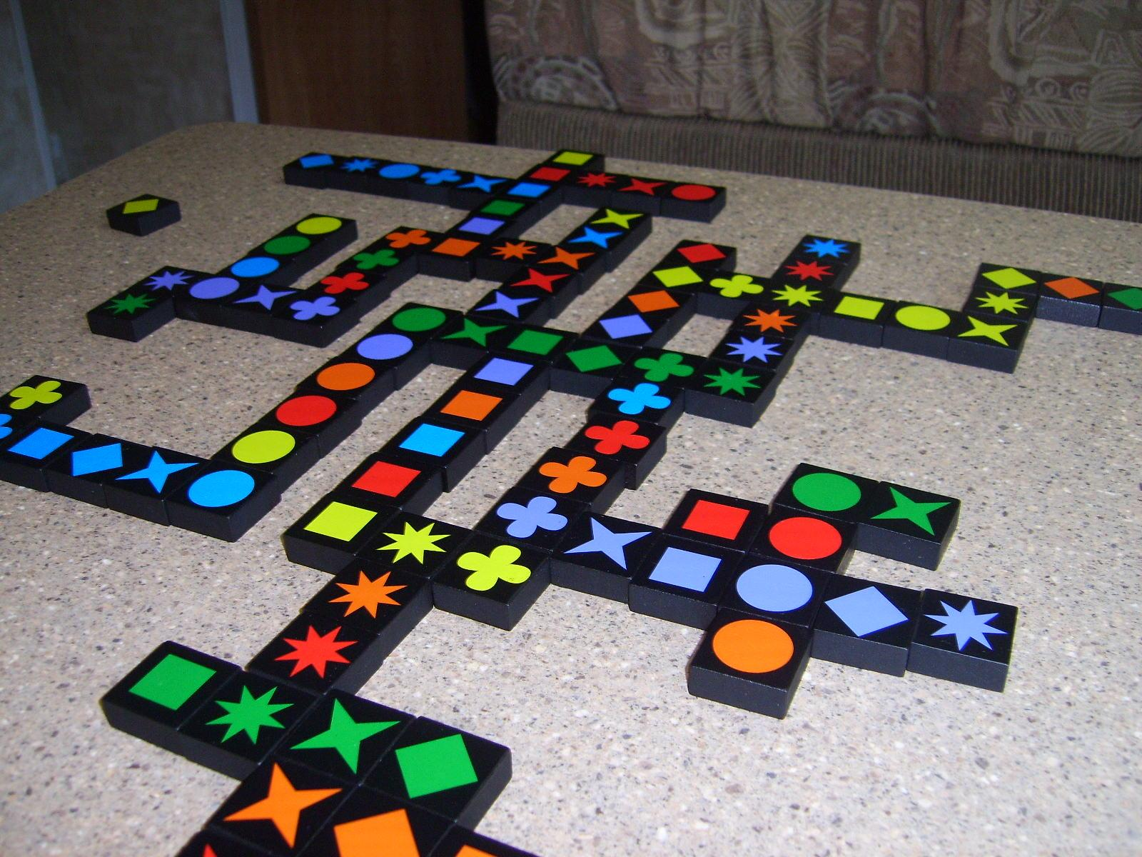 Top 15 Family Games You Can Play and Spend Great Time With Your Loved Ones