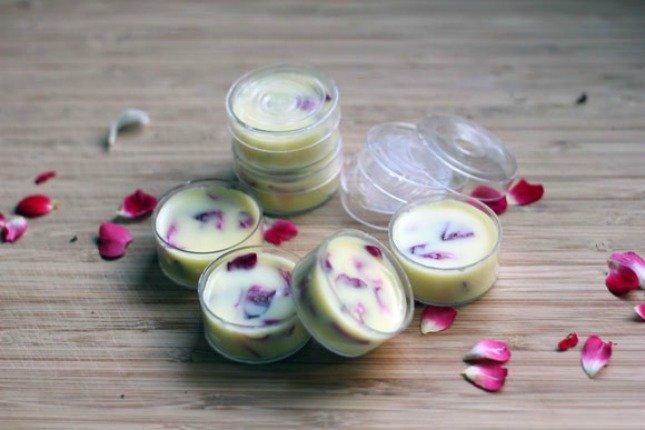 13 Fabolous, Delicious and Simple DIY Lip Balms
