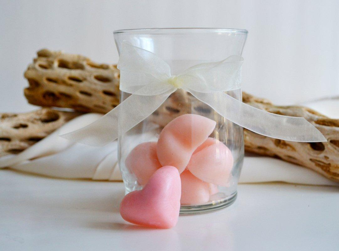 DIY Bath And Beauty Products As Valentine's Day Gifts