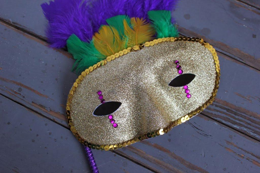 Mardi Gras Glittered Gold Mask