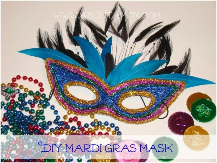 Mardi Gras Pipe Cleaner Mask