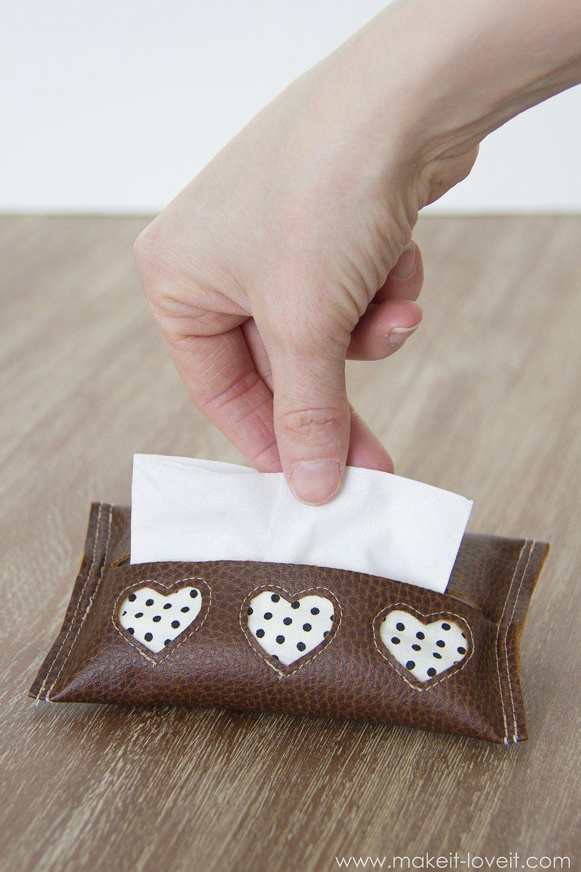 Mini Tissue Holde Leather with Cutout