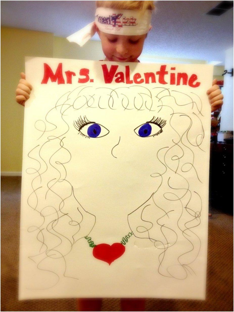 Pin the Lips on Mrs. Valentine
