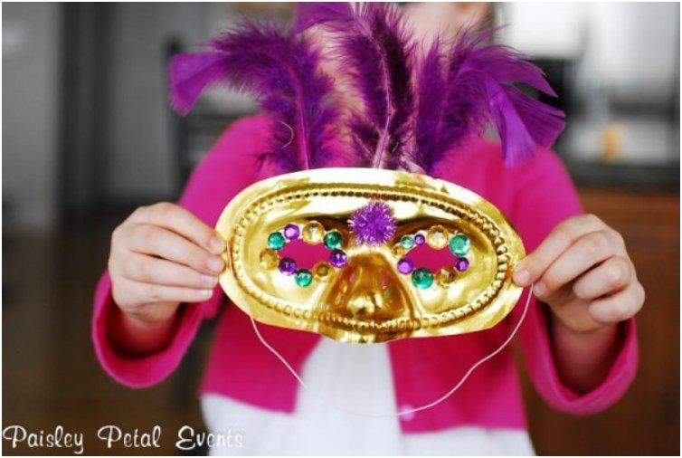 Purple Feathered Golden Mask