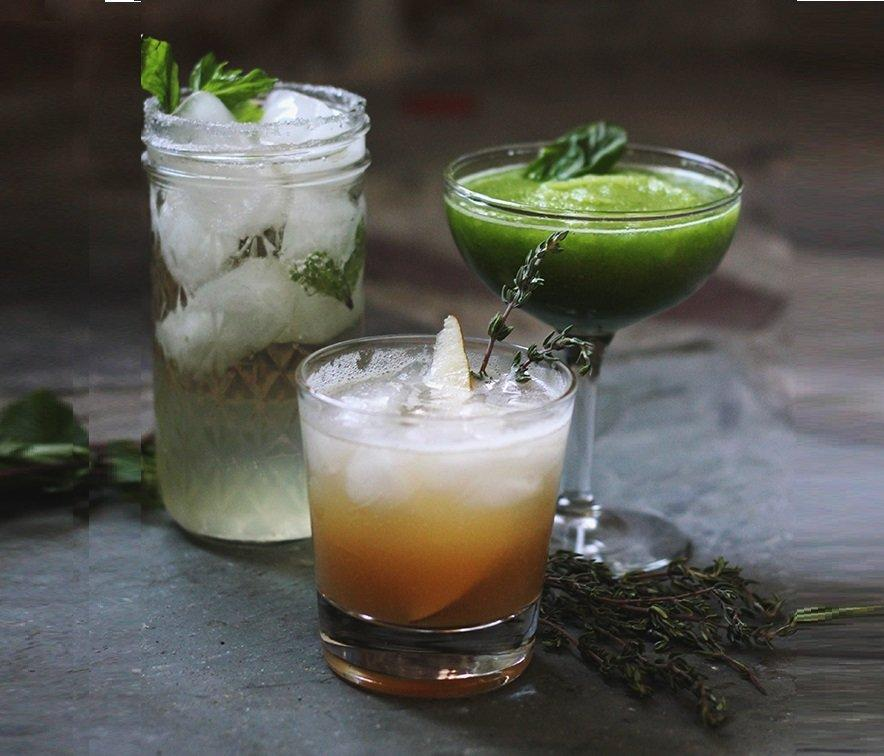 20 Refreshing Family Friendly Green Drinks And Shakes For St. Patrick's Day