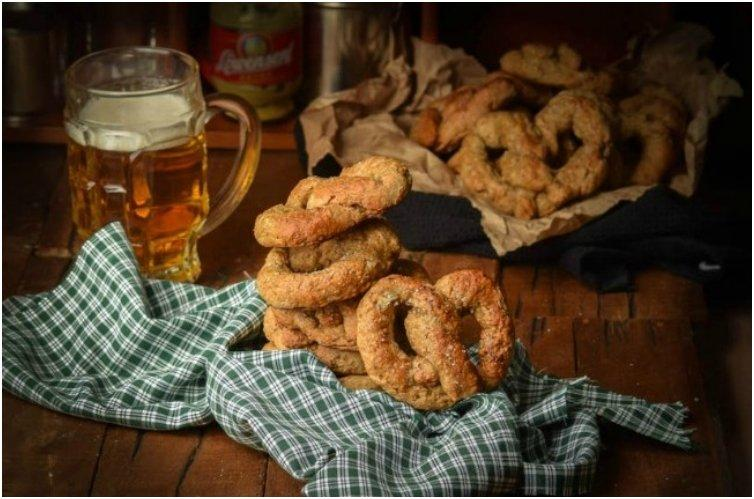 30-Minute Irish Soda Bread Beer Pretzels