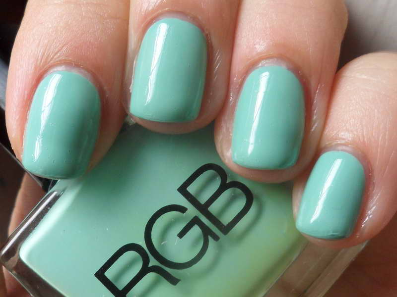The Best 10 Nail Polish Brands That Will Satisfy Your Needs