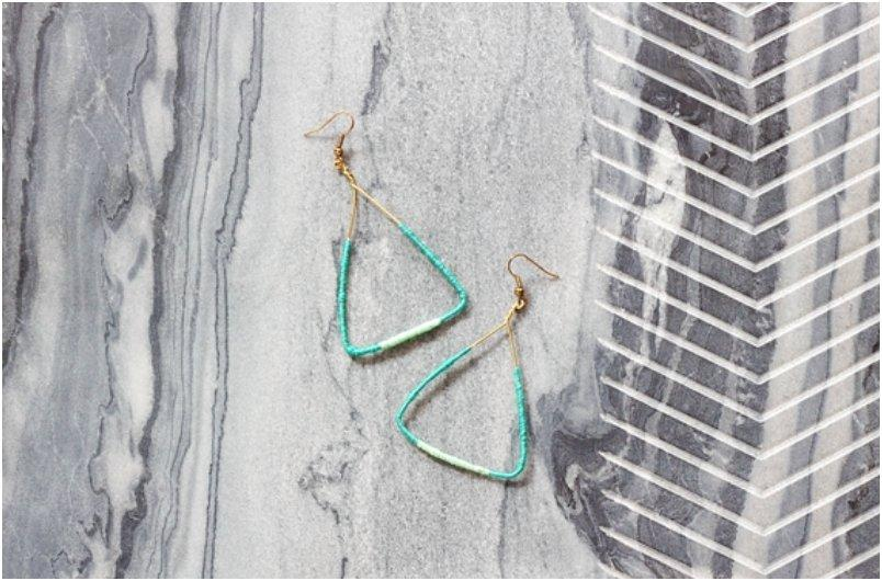 DIY COLOR BLOCK TRIANGLE EARRINGS FOR ST. PATTY S